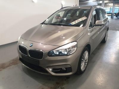 BMW 216  DA MODEL LUXURY