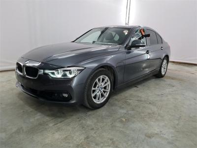 BMW 330 06/2016