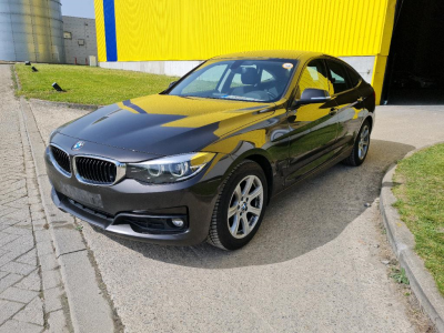 BMW 318 06/2017