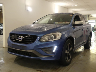 VOLVO XC60   2.0 D4 Momentum R-design Geartronic Winter Xenium Professional IntelliSafe