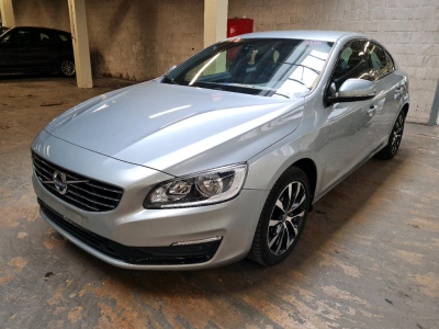 VOLVO S60   2.0 D2 Dynamic Edition Professional Winter