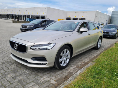 VOLVO V90   2.0 D3 Momentum Geartronic Business Luxury