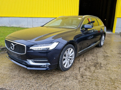 VOLVO V90   2.0 D3 Inscription Sensus Navigation Family